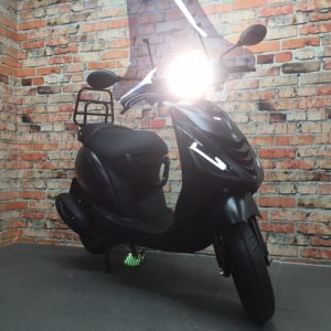 Piaggio ZiP 4T iGet Euro 4 custom all black