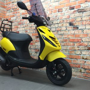 Piaggio ZiP 4T iGet Euro 4 custom Yellow – black + vorkpoten zwart